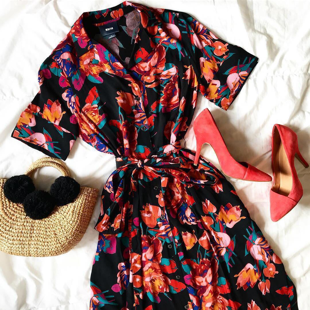 Essentials the weekend the Floral Buttondown Shirtdress and 20 OFFhellip