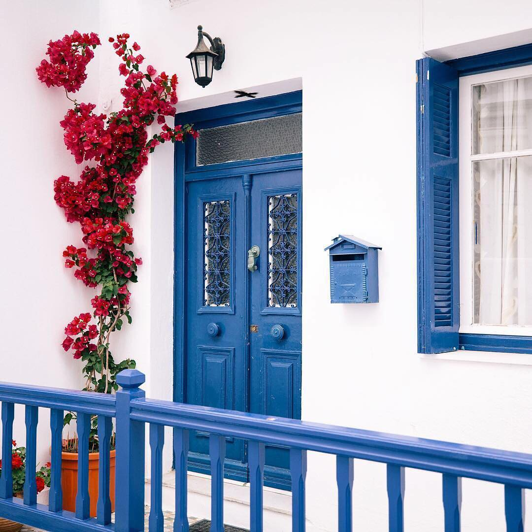 Before thinking of Monday think of Mykonos Photo by allieprovosthellip